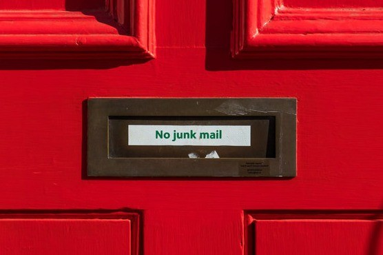 How to Keep Your Email Marketing out of the Spam Folder This Holiday Season main image