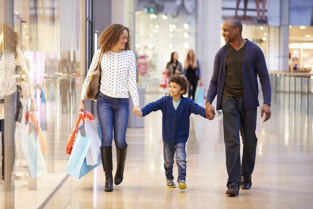 Holiday Shopping: How Analytics Can Improve Your Retail Space main image